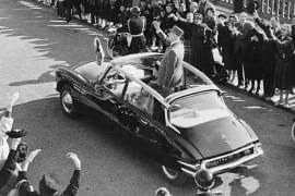 Charles de Gaulle v Citroënu DS