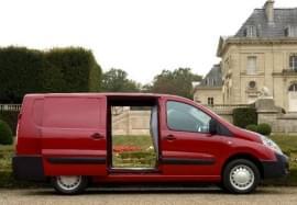 Citroën Jumpy ze strany