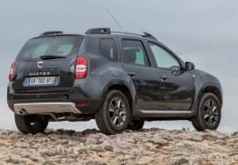 Dacia Duster zezadu