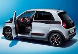 Renault Twingo s otevřenými dveřmi